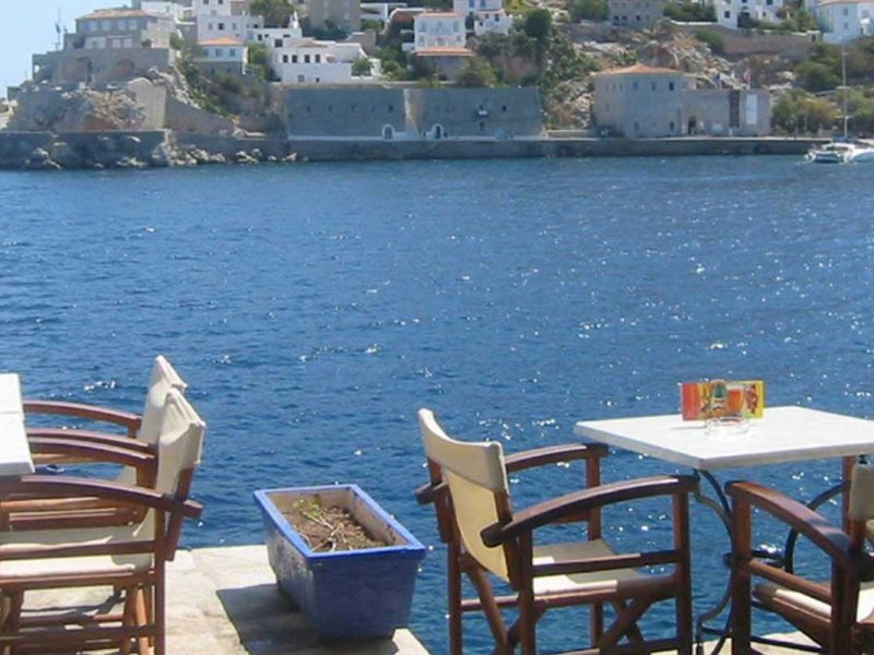 hydra tables by the sea