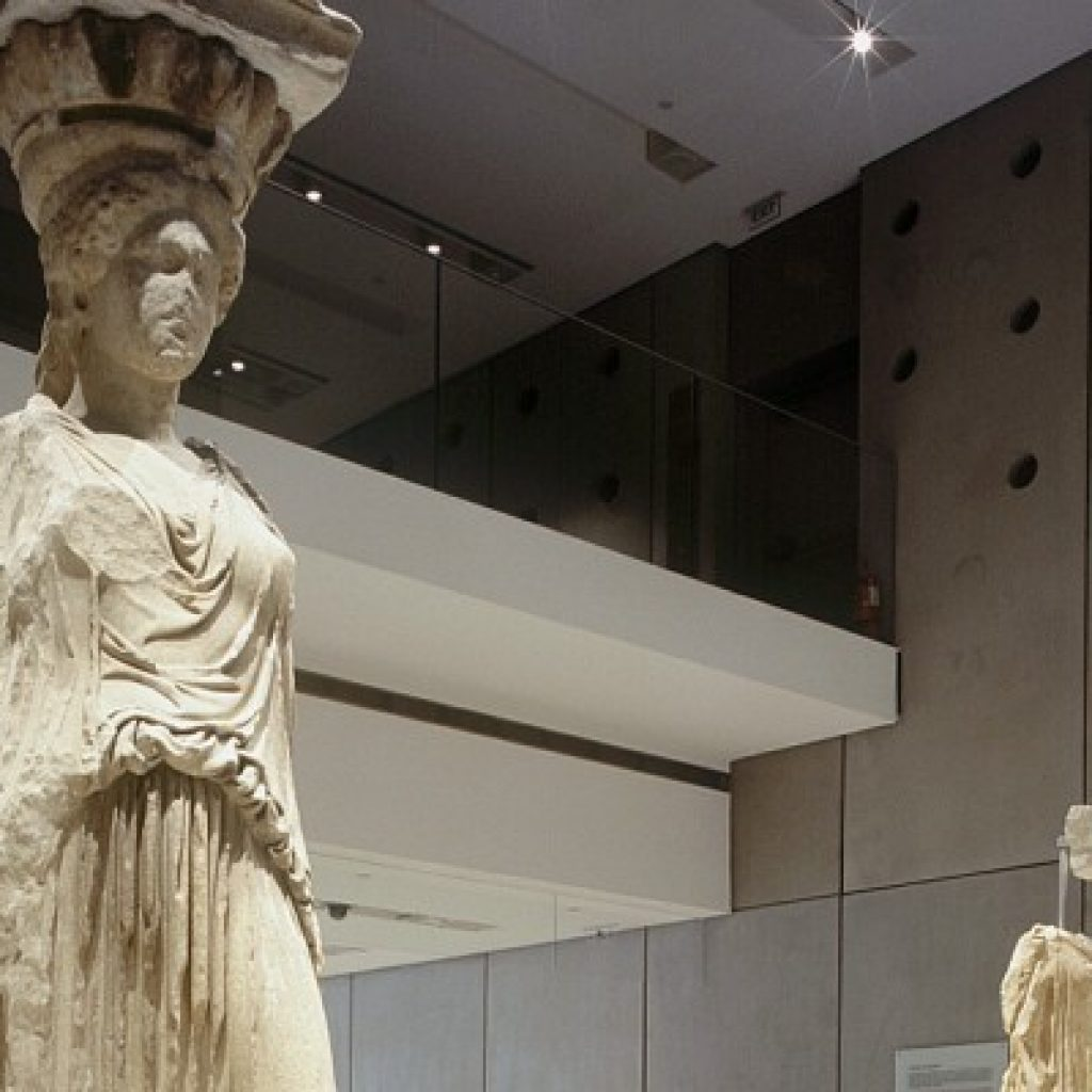 Discover Classical Athens_karyatides_Acropolis_museum