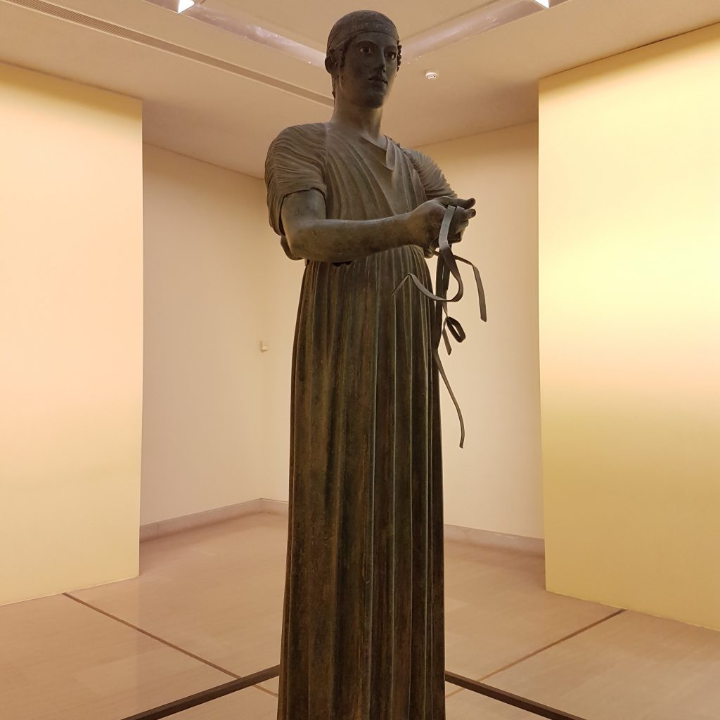 The charioteer_Delphi