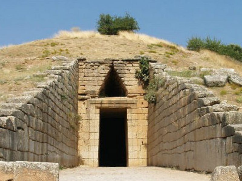 Discover Mythical Peloponnese_Agamemnon Tomb Mycenae