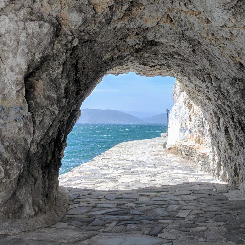 Discover_Peloponnese_medieval_side_Arvanitia_Pomerade