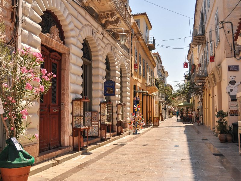 Discover Mythical Peloponnese_Nafplio_Cobblestone_alleys