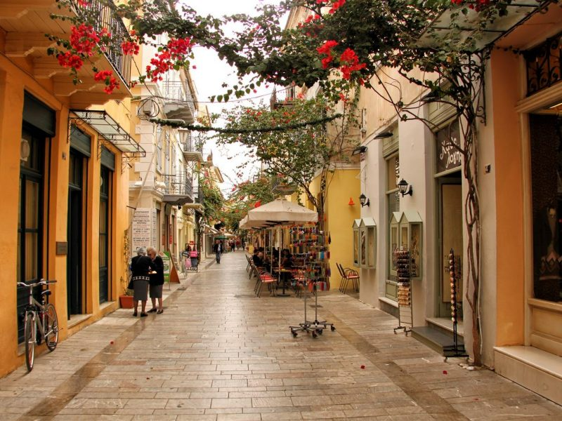 Discover Mythical Peloponnese_Nafplio_picturesque_shops