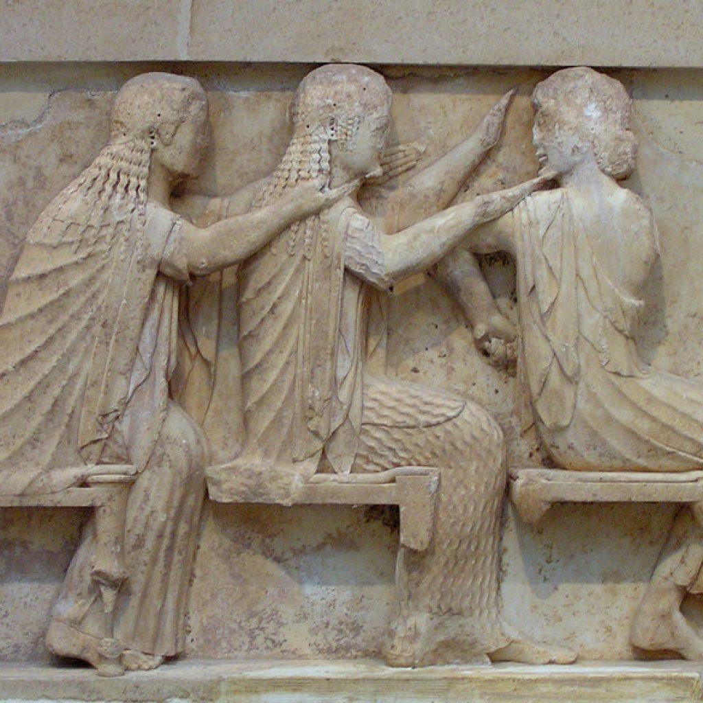 delphi museum metopes