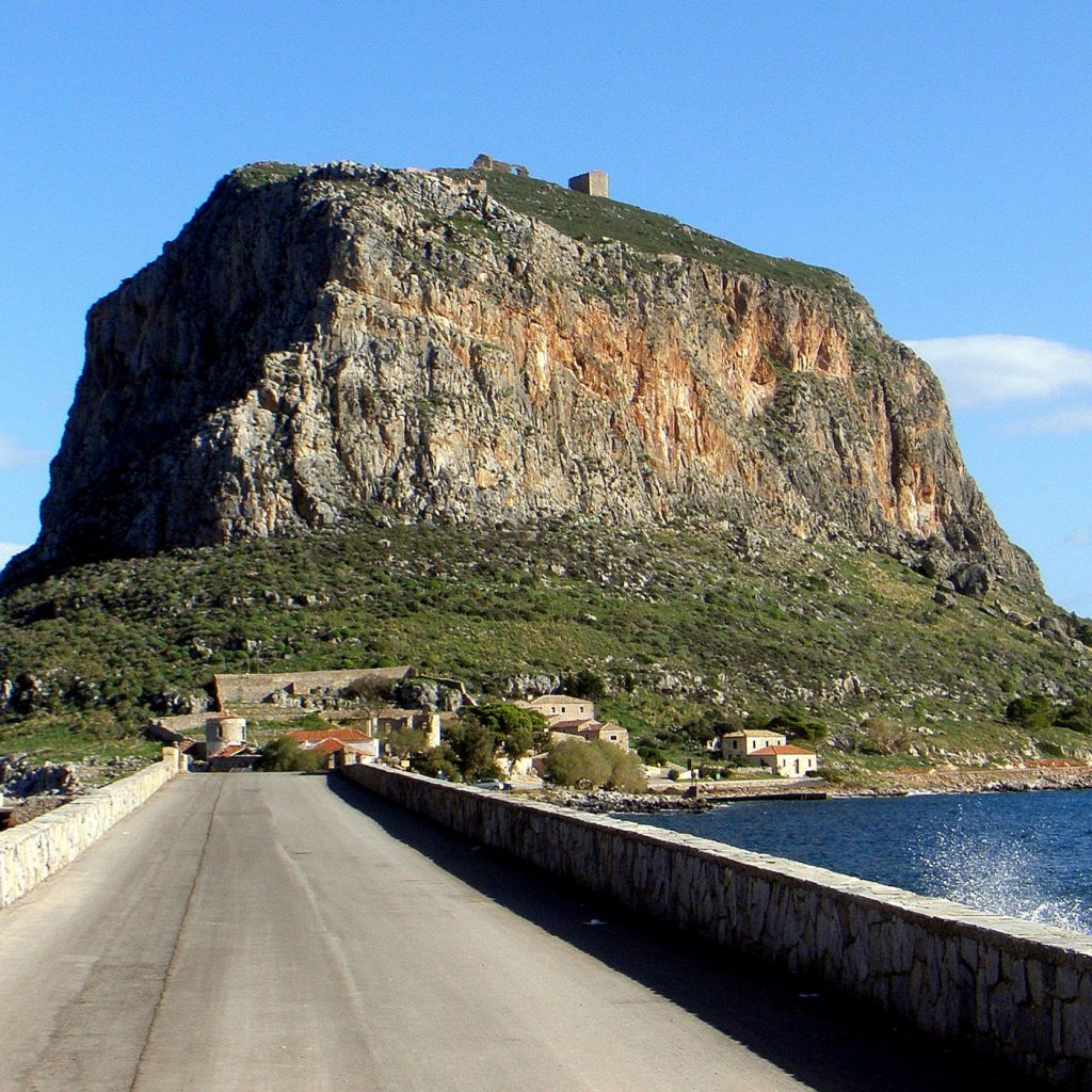 Discover_peloponnese_medieval_side_road_to_Monemvasia